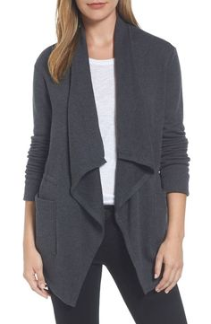 Love this Asymmetrical Drape Collar Terry Jacket. Gypsy Style, My Style, Collar Styles, Womens Fashion For Work, Fashion Women, Jacket Style, Fashion Tips, Fashion Trends, Sweaters