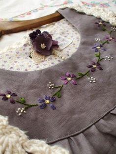 ワンピースやブラウスなどに刺繍。なんとなくシンプルすぎる・・そんなお洋服がよみがえりますよ。