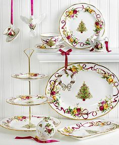 love this in the christmas pattern royal albert dinnerware old country roses holiday collection