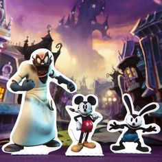 A little imagination goes a long way when you're armed with a paint brush and paint thinner, so step into the Wasteland and create your own adventures with this Disney Epic Mickey playset.