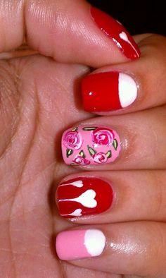 Inspiring Valentine's Day Nail Art Designs #2014 #Valentines #day #nails #art #design www.loveitsomuch.com