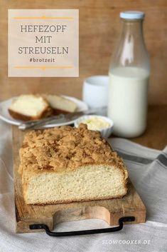 Streuselzopf Bread Recipes, Cake Recipes, How To Make Bread, Cornbread, All You Need Is, Tiramisu, Banana Bread, Slow Cooker, Baking