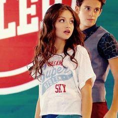 De que se espantan. Spanish Tv Shows, How To Speak Spanish, Sou Luna Disney, New Disney Channel Shows, Alex And Sierra, Mike Singer, Love Moon, Cimorelli, James Maslow
