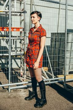 Festival go-er wearing Dr. Martens 1914 boot at Rebellion Festival Photographed by Gobinder Jhitta. Dr. Martens, White Doc Martens, Doc Martens Style, Doc Martens Outfit, Grunge Fashion, Girl Fashion, Womens Fashion, Gothic Fashion, Cool Boots
