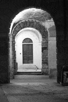2016_04_09 - Mantua, Italy - Lungorio IV Novembre - Via Pescheria