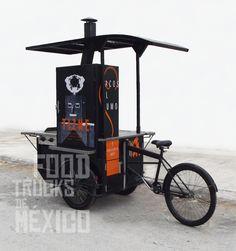 Pintura de estructura de triciclo en color negro. El Tizne. Food Trucks de México.