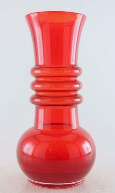 VAS RIIHIMÄEN LASI CARMEN TAMARA ALADIN på Tradera. Vaser | Glas |