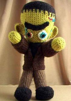 Visto aquí: http://www.wonderstrange.com/free-crochet-patterns-from-wonderstrange/