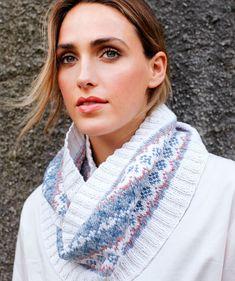 Knitting Ideas, Crochet, Accessories, Fashion, Moda, Fashion Styles, Ganchillo, Crocheting, Fashion Illustrations