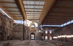 Il monastero di San Juan a Burgos fu eretto nell'XI secolo ed è ancora tutt'oggimeta di passaggio per i turisti che percorrono il cammino di Santiago. Cedimenti strutturali susseguitis…