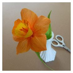 Daffodil - Patterns for Crepe Paper Flowers | eHow