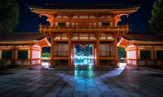 #yasaka #jinja #shrine #gion #higashiyama #kyoto #japan #japanimpressions #八坂神社 #祇園 #東山 #京都 #日本 #sonya7 #zeiss1635mm https://t.co/UBSCQ9kRDC https://t.co/FKF81Y91QB