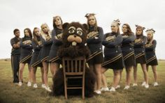 Great ideas for cheer squad pictures with the mascot!!!