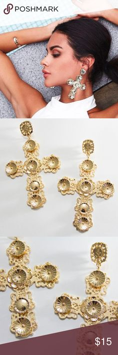 NWOT Gold Vintage Inspired Big Cross Earrings Brand New without tag gorgeous gold colored vintage bohemian big cross earrings. So pretty but I never wear them! Jewelry Earrings