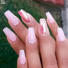 30 Stunning and Amazing Pink Acrylic Nails - Reny styles
