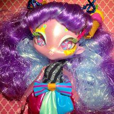 Carmela Sweets Novi Stars, Indie, Princess Zelda, Sweets, Dolls, Fictional Characters, Inspiration, Art, Baby Dolls