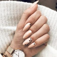 Accent Nail Design with Stars picture 1 #FrenchTipNails
