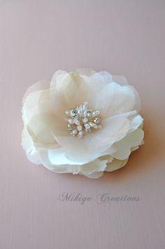 Ivory+Wedding+Hair+Flower+Bridal+Headpiece+Silk+by+MikiyeCreations,+$86.00