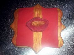 Red lips cookie