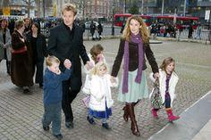 Hands-off celebrity dads - gordon ramsey