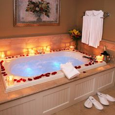 1000 ideas about romantic bath on pinterest romantic for Small romantic bathroom ideas