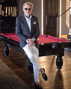 Take a cue from @styleman.pl the next time you want to intimidate your opponent. #BrooksBrothers200 #HaveItMade #Billiards