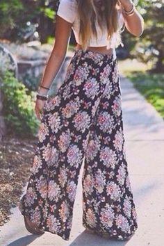 High waist printed trousers.