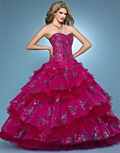Landa AQ12 at Prom Dress Shop