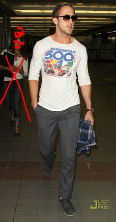 The 20 Most Flawless, Perfect Pictures Of Ryan Gosling At The Airport. Does he have ANY flaws? I think not. Click photo for more. :) #Ryangosling #hot