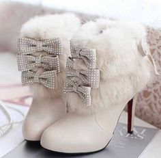 #Wedding #Boots - white boots with fur trim & ribbons for a winter wedding, so cute http://www.bargainweddingstore.com/