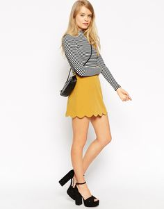 How cute is this scallop skirt?! <3