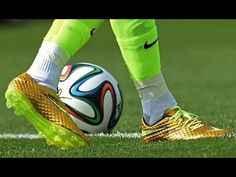 Tips And Tricks To Play A Great Game Of Football. To be successful with football, one needs to understand the rules and strategies and have the appropriate skills. Soccer Workouts, Soccer Drills, Soccer Tips, Soccer Games, Top Soccer, Football Soccer, Soccer Ball, Best Football Players, Good Soccer Players