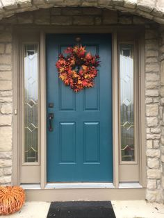 33 Ideas Front Door Colors With Tan House Entrance Living Rooms Teal Front Doors, Best Front Door Colors, Teal Door, Front Door Paint Colors, Painted Front Doors, Paint Colors For Home, Colored Front Doors, Tan House, Brown House