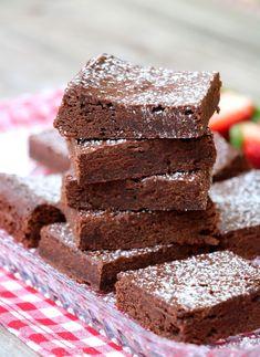 No Bake Desserts, No Bake Cake, Brownies, Healthy Snacks, Deserts, Food And Drink, Keto, Baking, Cakes