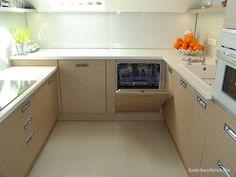 Konyhák - Google keresés Kitchen Pantry, Kitchen Cabinets, Washing Machine, Dining Room, Home Appliances, Google, Modern, Home Decor, Image