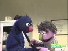 Sesame Street Grovers Doctor
