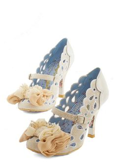 Irregular Choice May the Best Glam Win Heel. These ivory heels from Irregular Choice could take the prize at any style stand-off! Bow Heels, Cute Heels, Pumps Heels, High Heels, Crazy Shoes, Me Too Shoes, White Wedding Shoes, Cream Wedding, Wedding Bride