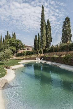 Villa Armena a Buonconvento (Si) - EAE Studio Beautiful Dream, Beautiful Places, Fish Farming, Tuscany Italy, Outdoor Landscaping, Heaven On Earth, Outdoor Spaces, Family Travel, Swimming Pools