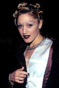 Make up ideas for Gwen Stefani dress up, cosplay etc