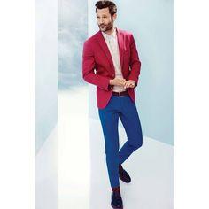 Rahat tasarımların ve sıcak renklerin merkezinde bir yaz hikayesi, erkekleri cesur renkler ve yenilikçi desenlerle buluşturuyor! D'S Damat, #BeylikdüzüMigros AVM'de.  #bmigrosavm #manfashion #suit #style