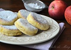 Pan - fried apple muffins Miky's sweet and savory - Krapfen Apple Recipes, Sweet Recipes, Easy Cooking, Cooking Recipes, Biscotti Cookies, Cooked Apples, Savoury Dishes, International Recipes, I Love Food