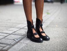 Acne cut-out boots