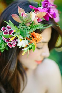 Tropical flower crown | Joielala Photography | see more on: http://burnettsboards.com/2014/05/colorful-tropical-wedding-ideas/ #flowercrown