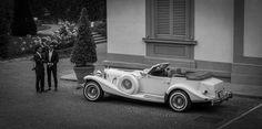 Stylish old car, to ride in after you wedding! #TheTuscanWedding #Wedding #Car