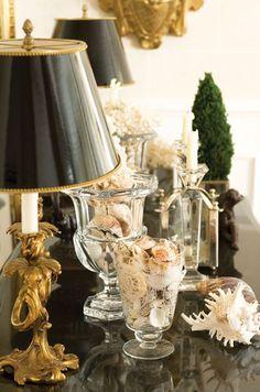 Vignette, black lamp shades and gold Coastal Style, Coastal Decor, Coastal Cottage, Coastal Living, My Pool, Crystal Vase, Vignettes, Vintage Christmas, Coastal Christmas