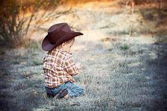 Precious little cowboy Cowboy Girl, Cowboy Baby, Little Cowboy, Cowboy Cowboy, Baby Pictures, Cute Pictures, Baby Images, Cute Kids, Cute Babies