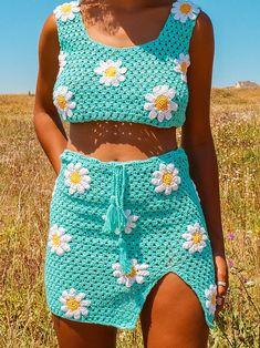 Crochet Skirts, Crochet Crop Top, Cute Crochet, Crochet Crafts, Crochet Clothes, Diy Clothes, Knit Crochet, Crochet Outfits, Easy Crochet Hat