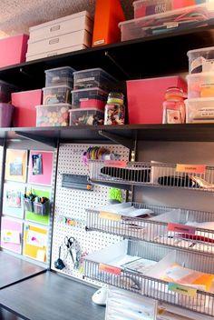 Home Office Organization: Organized Desk www.alejandra.tv  #organizing_tips #home_organization #office_organization