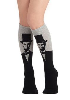 I can't even handle this. I heart Lincoln and now I can wear these knee socks. Seriously. :: Land of Linked in Socks