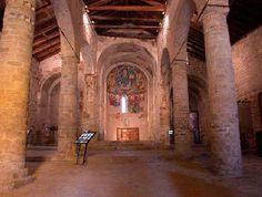 Interior Iglesia de San Clemente de Tahull Iglesias, Romanesque, Building, Places, Interior, Romanesque Architecture, Romanesque Art, Indoor, Buildings